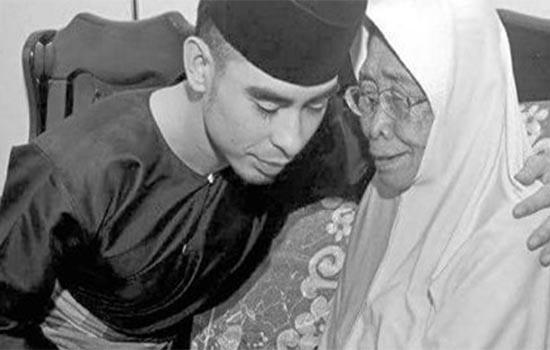 """Almarhum Tunku Jalil datang jumpa dan minta makcik redha"""
