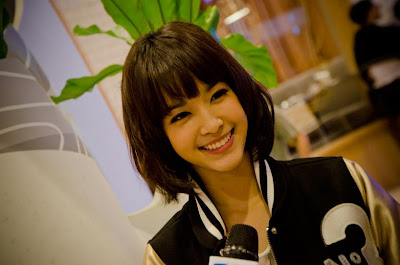 Short Hair Styles Asian Women_Mo Monchanok