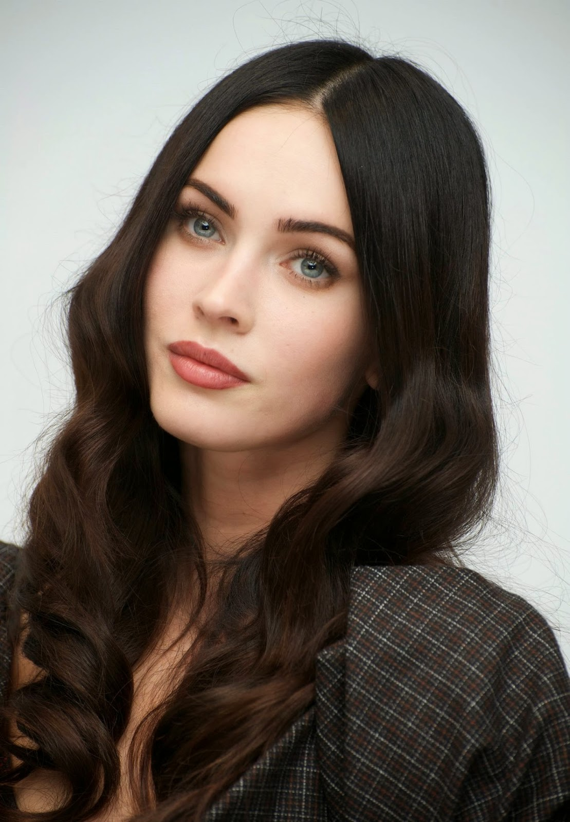 Megan Fox HD Wallpapers Free Download