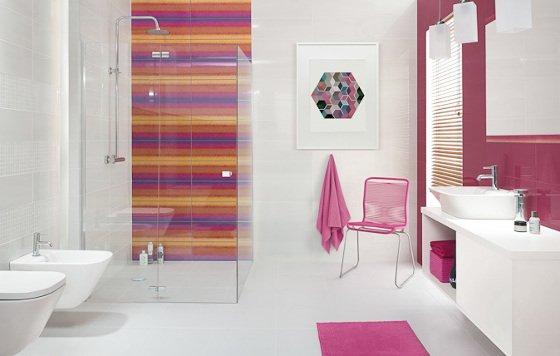 Das Trendige Badezimmer In Einem Modernen Grautönen Gehalten Ist Der  Perfekte Idee. Das Ist Hintergrund, Fur Die Dekorative Heizkörper. Diese  Bunte ...