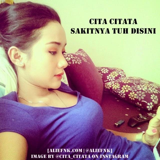 Cita Citata - Sakitnya Tuh Disini [image by @cita_citata on Instagram]