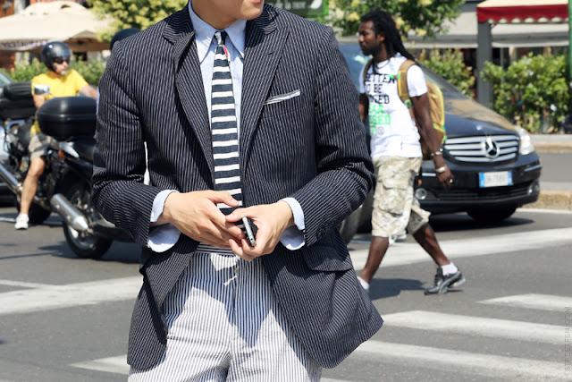men street style details stripes