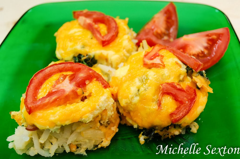 Canadian Bacon & Egg Muffins with Hash Browns - get this recipe!