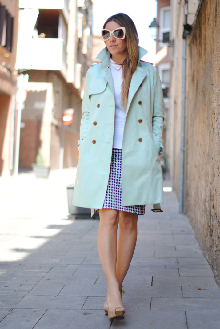 Queen's Wardrobe mint trench by the fashion blogger Mónica Sors 10