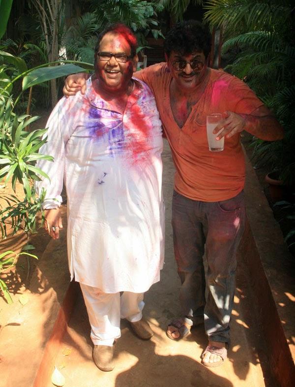 Dia Mirza, Aditi Rao & Others @ Shabana Azmi & Javed Akhtar's Holi bash (4).jpg