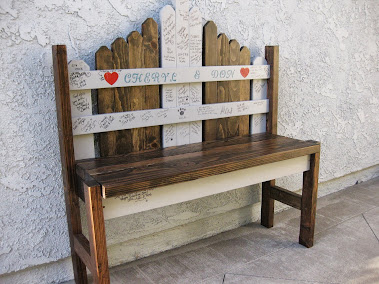 Love this idea!  Wedding Guests Sign Picket Fence Bench