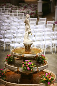 The Blooming Bride, DFW, Fort Worth, Texas, Wedding Flowers, Sanford House, fountain