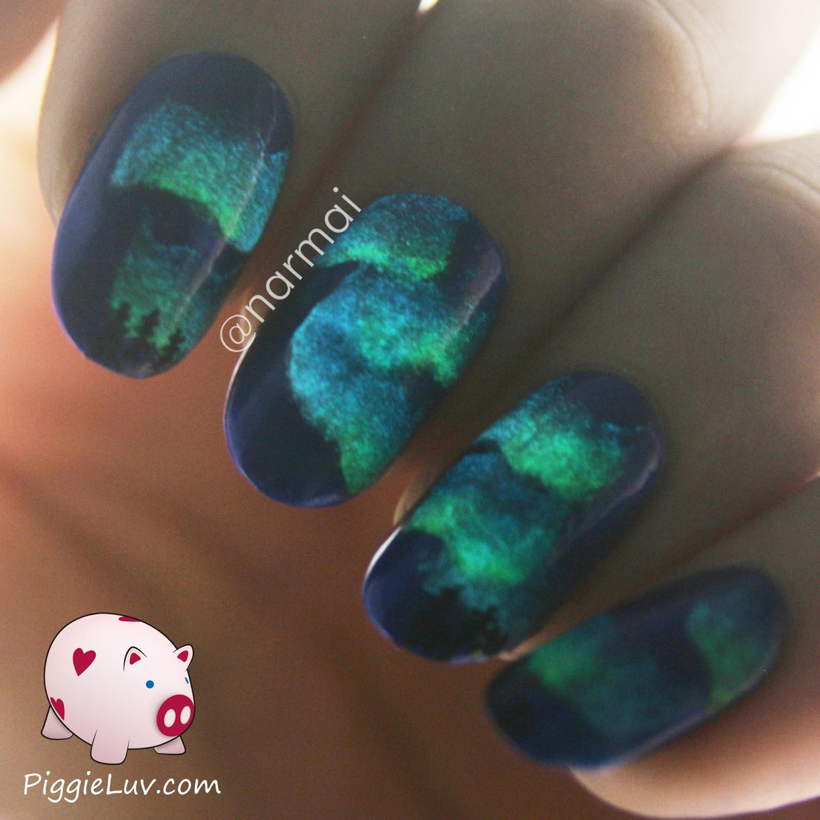 PiggieLuv: Northern lights glow in the dark nail art + video tutorial!