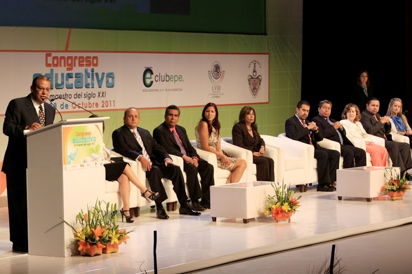 Materiales del Congreso Educativo; El Maestro del Siglo XXI