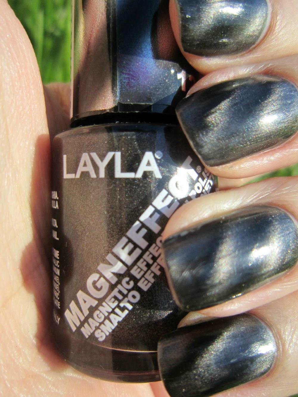 Concrete and Nail Polish: Layla Magneffect Black Metal