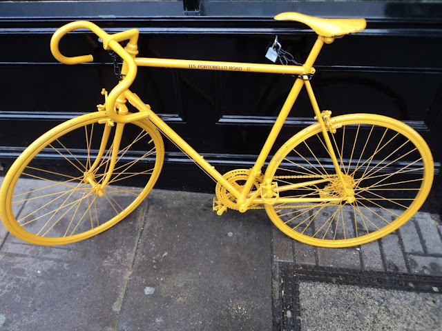 london portobello road yellow bike
