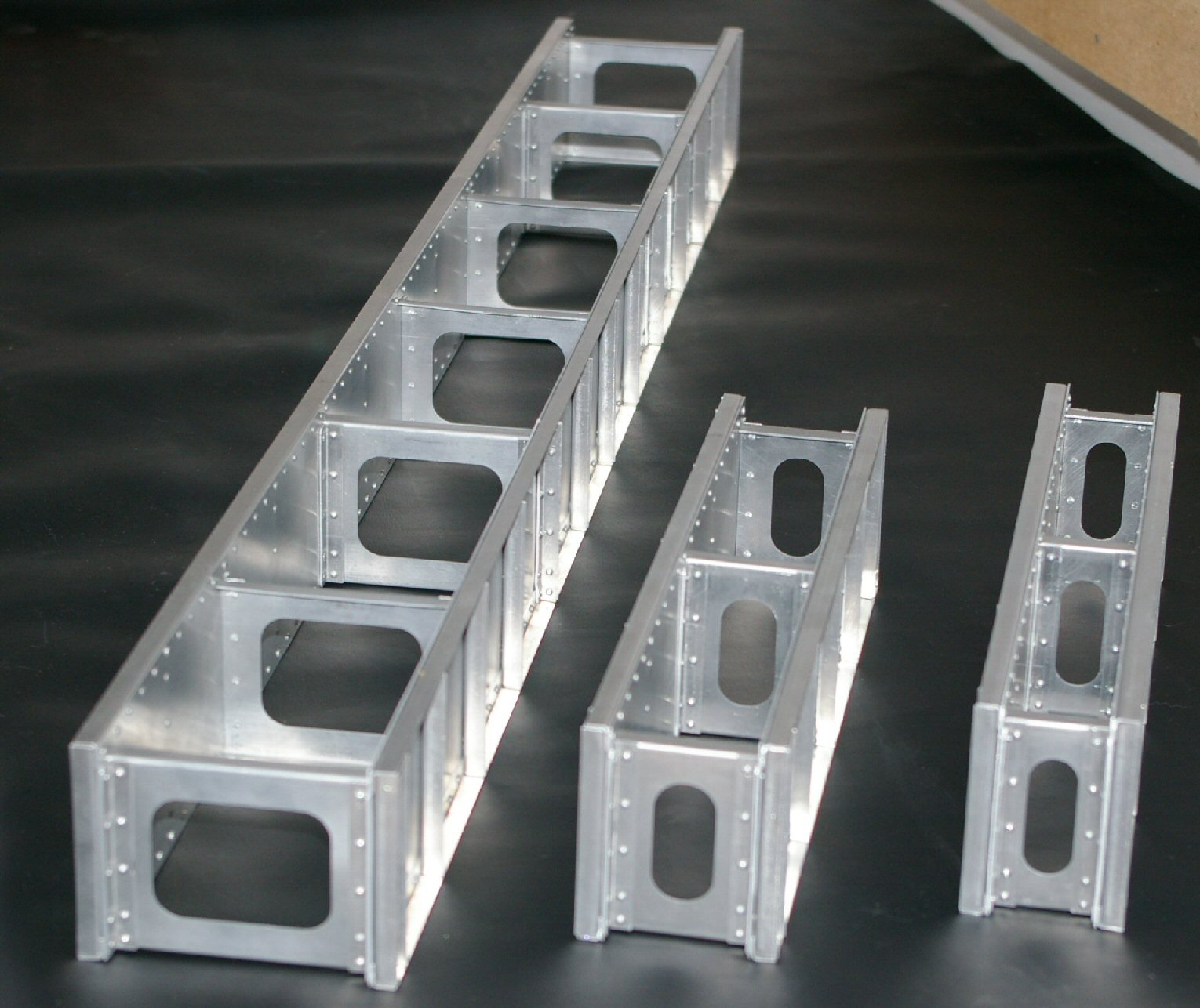 Gauge 1 and g scale plate girder bridges