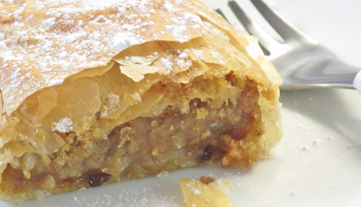 Traditional Apfelstrudel Recipe - Healthy dessert