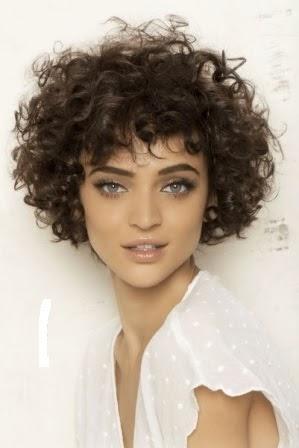 Cortes De Pelo Rizado Corto en Pinterest Peinados Pelo  - Fotos De Pelo Corto Rizado