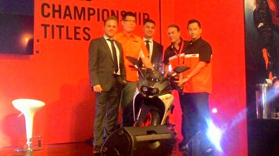 KTM Indonesia resmi rilis RC 250 dan Duke 250 . . . bakalan ikut kejurnas tahun depan !