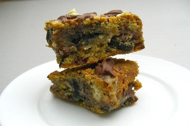 stacked Oreo Chocolate Chip Cheesecake Cookie Bars