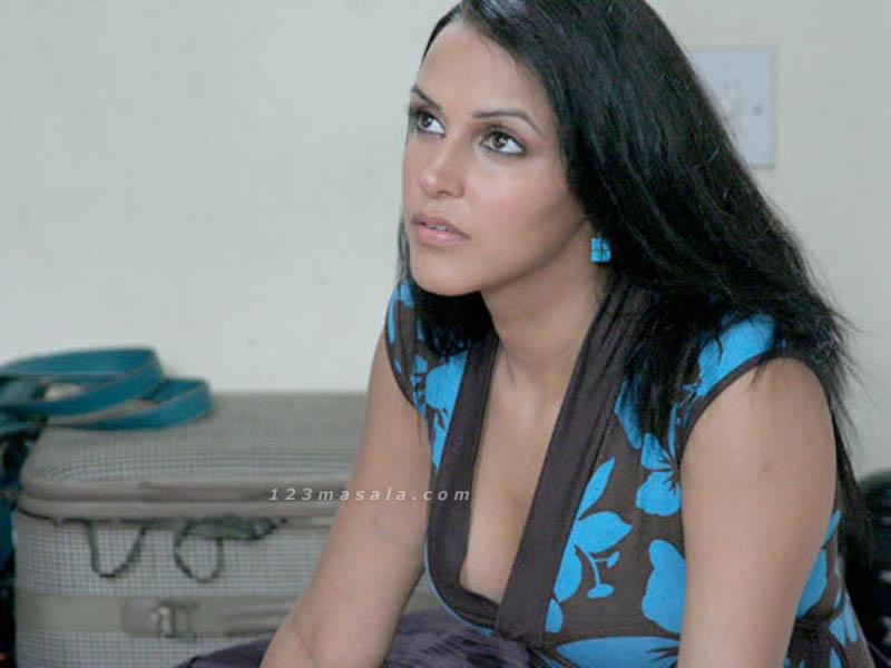 Neha Dhupia Nipples 46