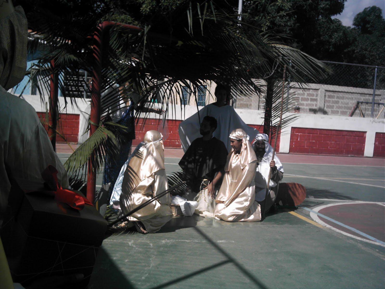 Un cuento de Navidad, Comunidad de Paraiso