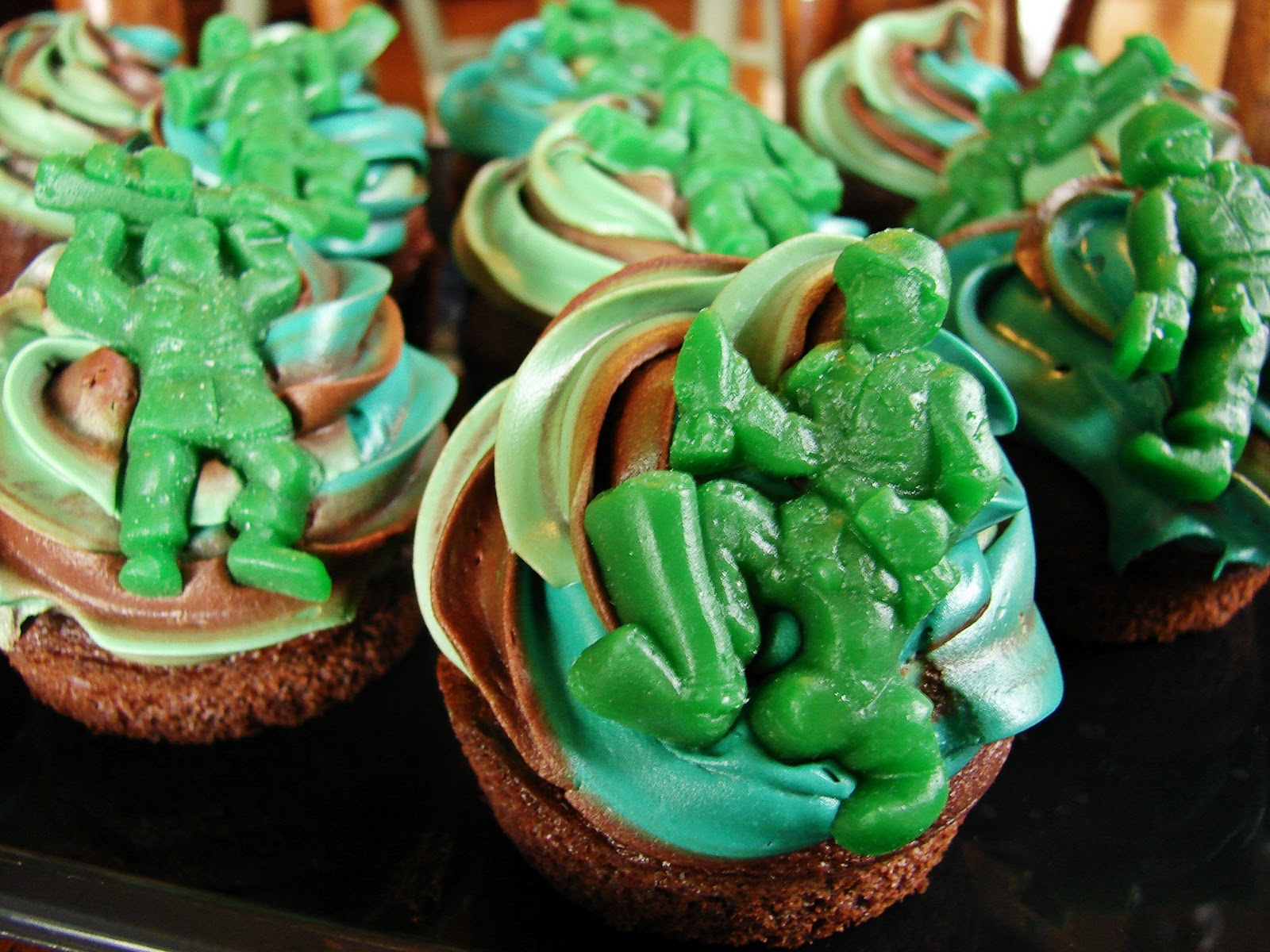 5 Minute Fancy Frosting -