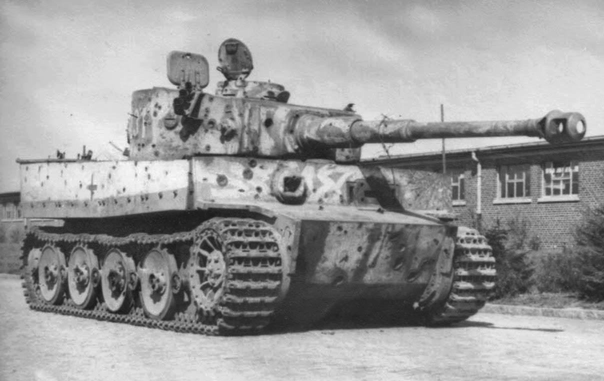 nazi jerman foto schwere panzer abteilung 503 s pz. Black Bedroom Furniture Sets. Home Design Ideas
