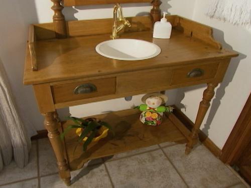 Casa de Boneca Decor Móveis no banheiro pode? Podeee!!! -> Decoracao De Banheiros Com Moveis Antigos