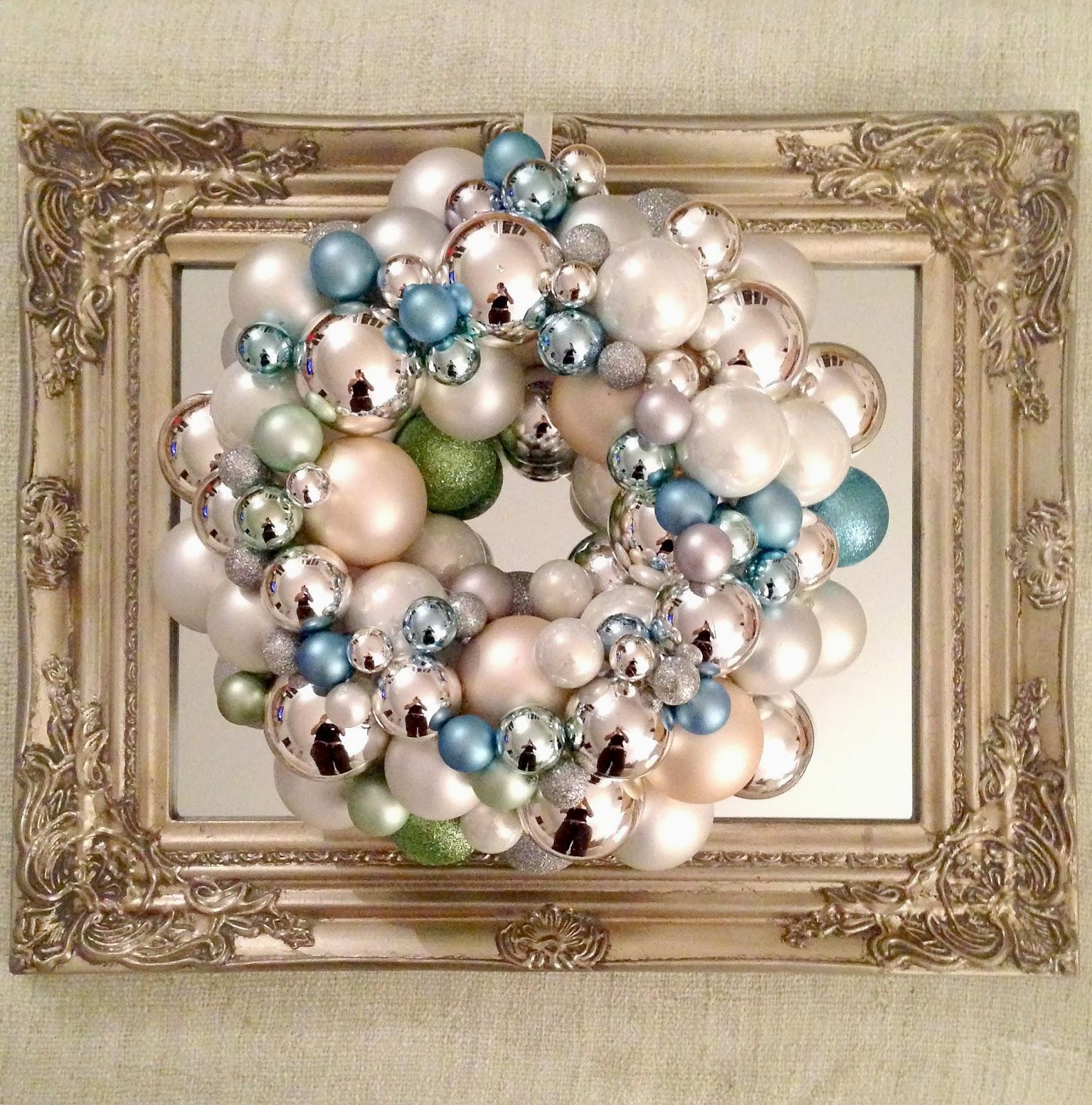 Livelovediy 20 diy christmas ornament wreath ideas linda solutioingenieria Choice Image