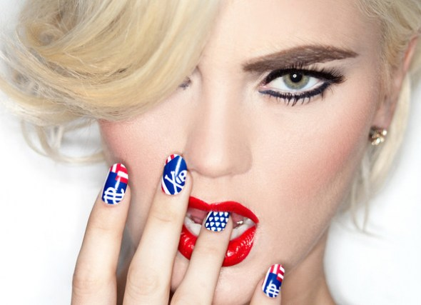 american flag nails, red nails, blue nails