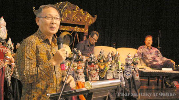 Pelestarian Bahasa Sunda Baru Sekadar Wacana