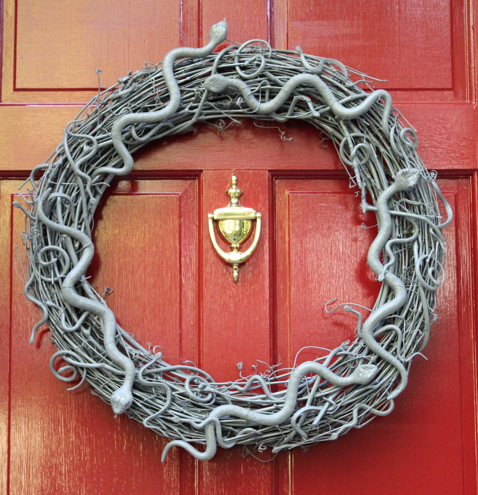 Booturtle S Show And Tell Snake Wreath