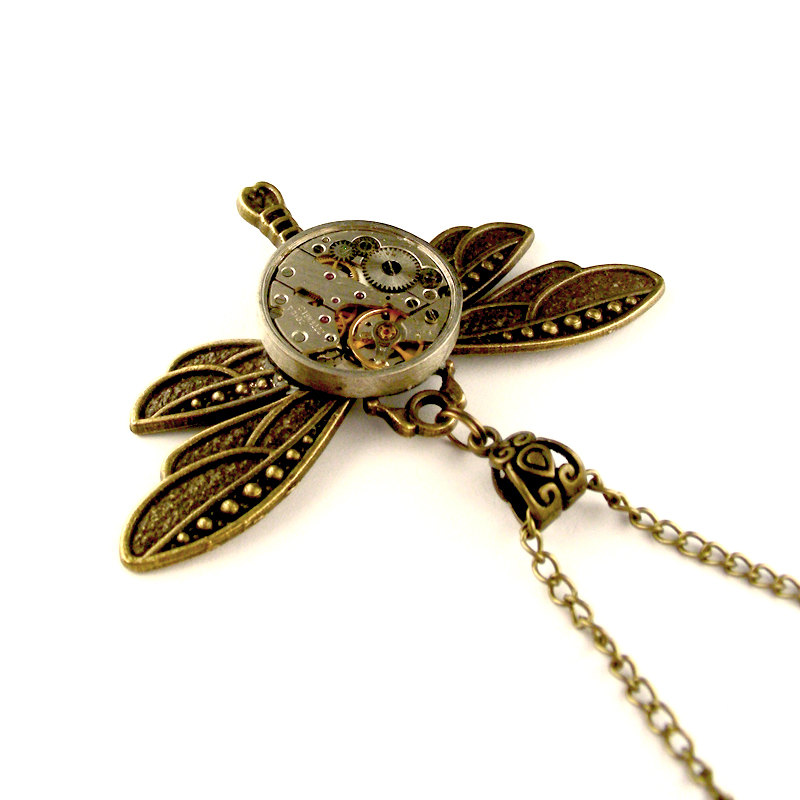 15-Rustic-Clockwork-Dragonfly-Necklace-Nicholas-Hrabowski-Steampunk-Jewelry-from-Recycled-Watches-and-Bullets-www-designstack-co