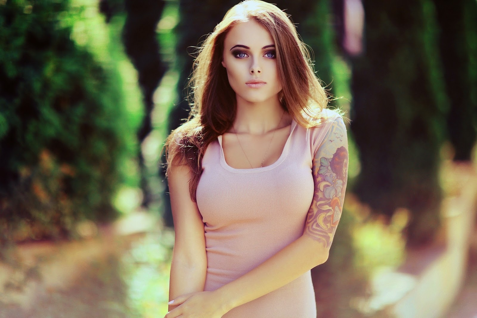 Lesbian elf seduction naked pics