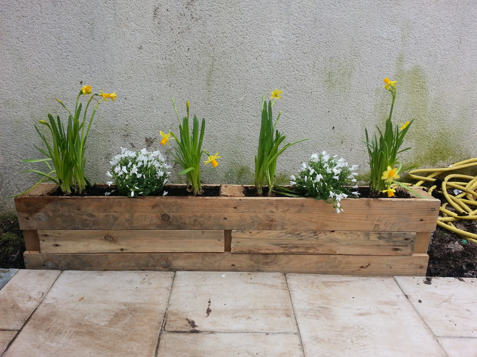 Recycle palette 77 jardiniere - Meuble fabrique avec des palettes ...