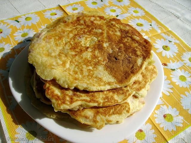 Pancakes cu sunca si cascaval