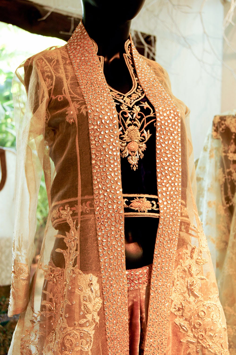 Umbereen-Sharmeen-Pakistani-Fashion-