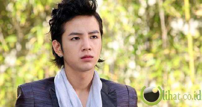 Hwang Tae Kyung (Jang Geun Suk) You're Beautiful