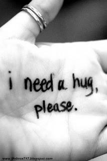 http://1.bp.blogspot.com/-o1Qfv5OO3xk/T1-GwWxK5XI/AAAAAAAAByk/xrtMHkeQA3U/s320/hug_please-780597.jpg