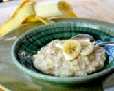 Stovetop Oatmeal with Whipped Banana