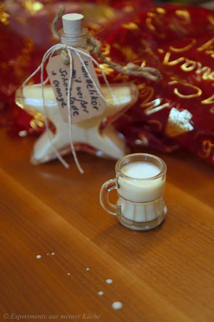 Experimente aus meiner Küche: Vanillelikör mit weißer Schokolade