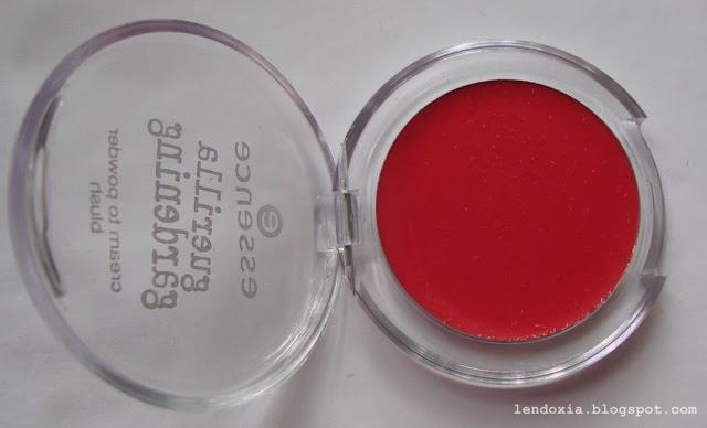 essence crveno kremasto rumenilo