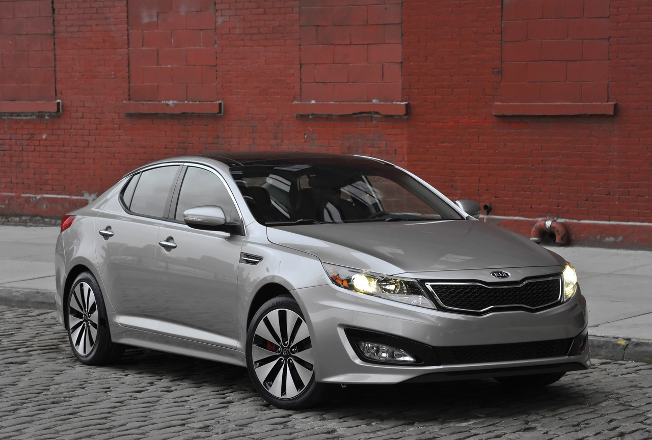 KIA Optima : Car Review 2011 and Pictures