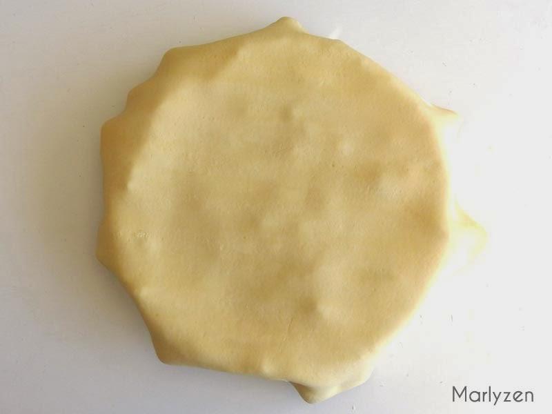 Recouvrir d'une seconde pâte feuillée.