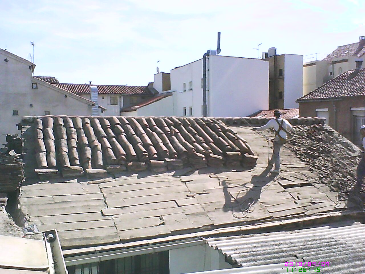 Fotos de restauraci n de tejados en madera tejados y for Tejados de madera con teja