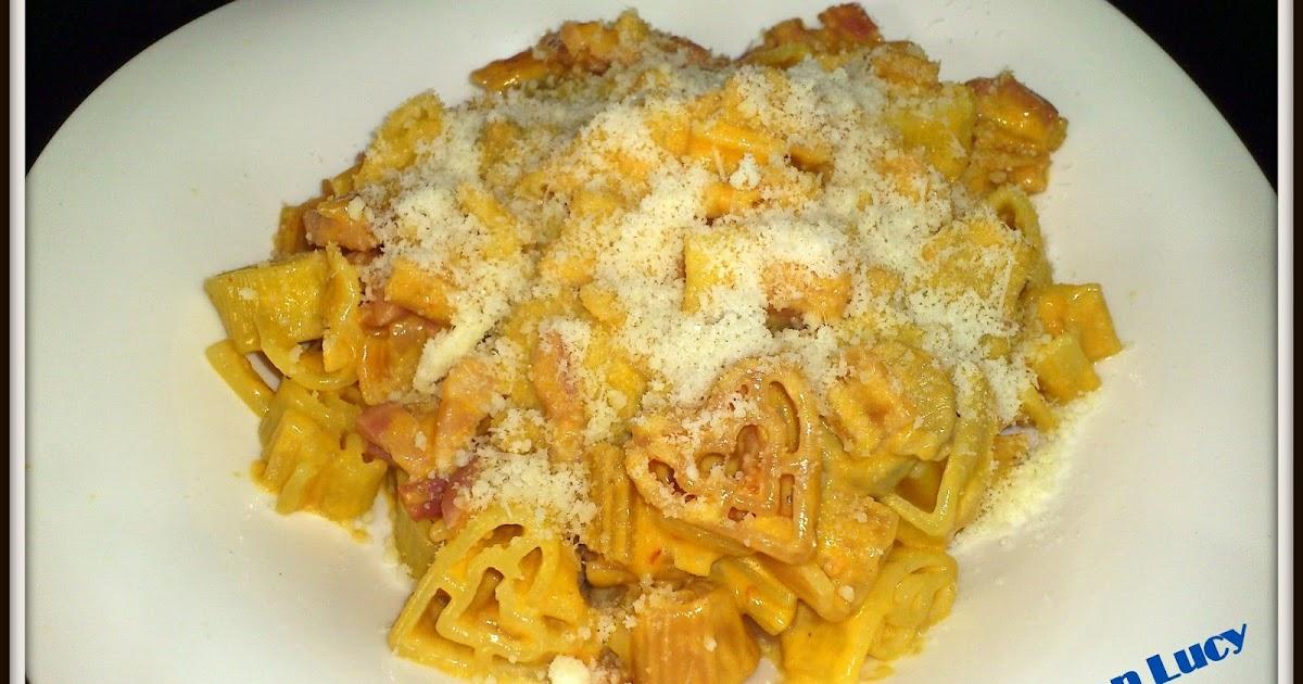 Abriendo boca con lucy pasta con salsa de nata y tomate - Salsa de tomate y nata ...