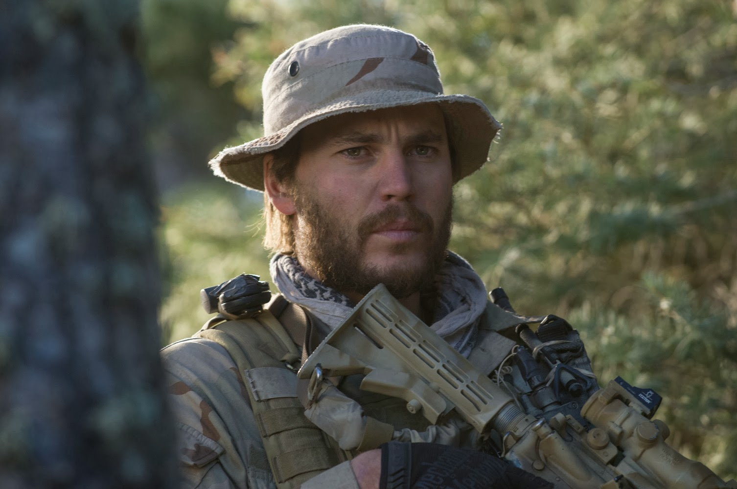 Movie Buff's Reviews: TAYLOR KITSCH PLAYS REAL-LIFE NAVY ...