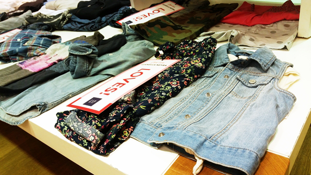 gianella neyra jeans gap