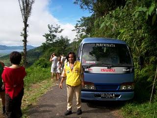 WISATAWAN LOKAL VISIT MANADO TOUR