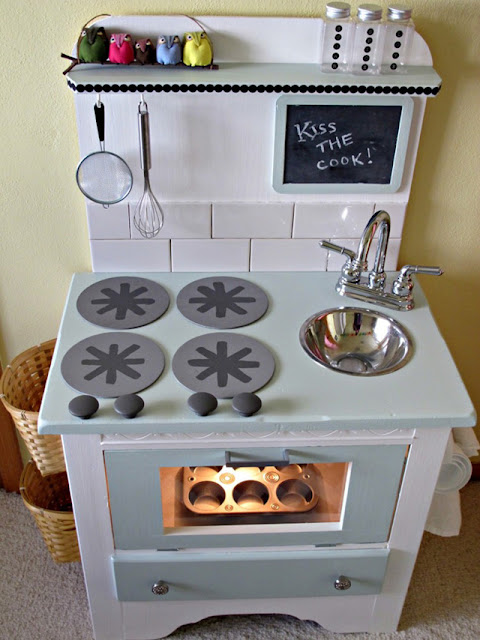 Live, Love, Laugh and RENOVATE!: DIY Play Kitchen Plans!