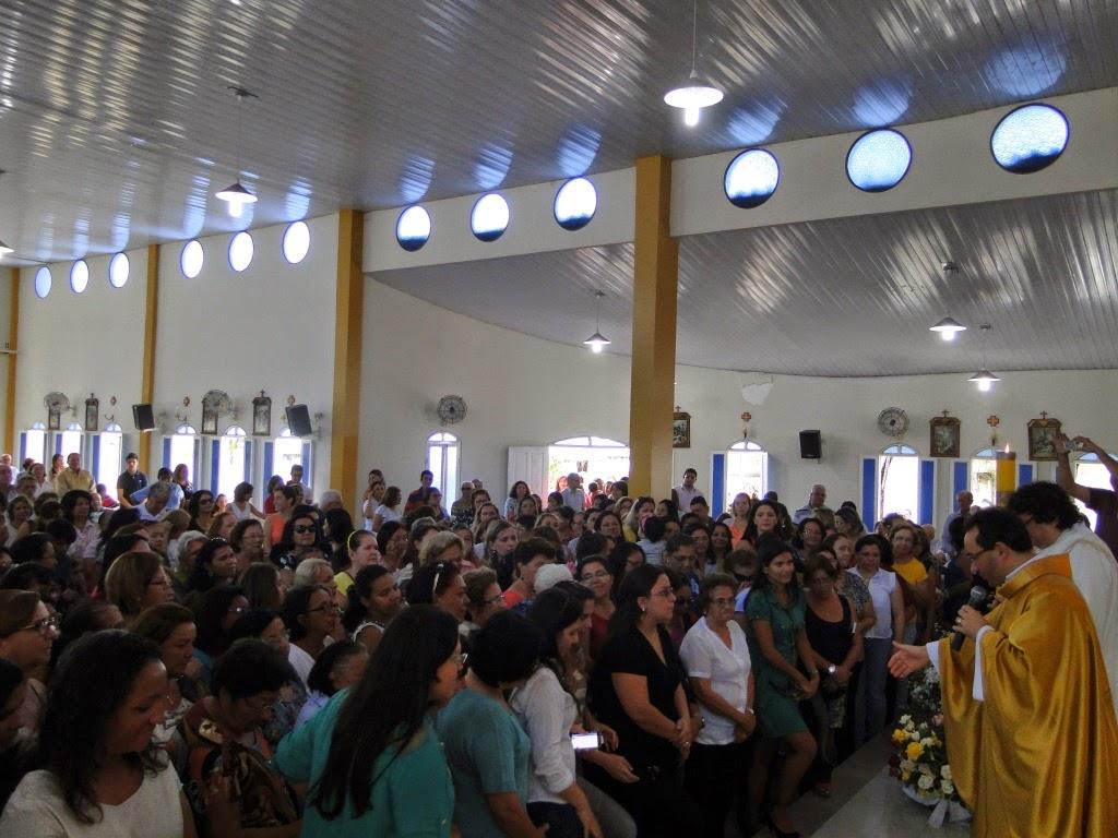 http://armaduradcristao.blogspot.com.br/2014/05/dia-das-maes-na-paroquia-menino-jesus.html