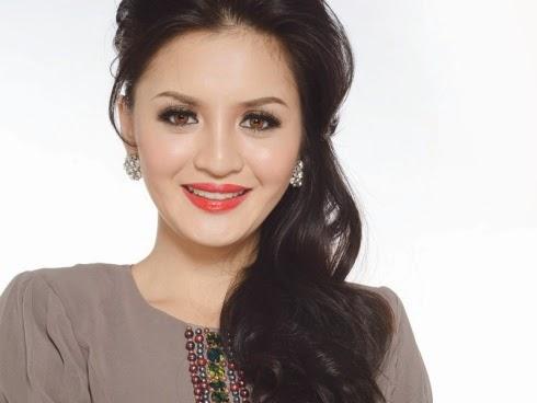 Hanez Suraya Jual Shampoo Selepas Putus Cinta