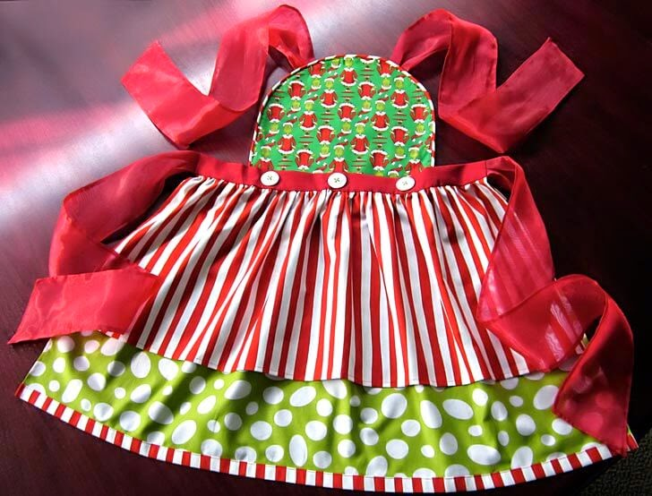 Grinch Hostess Apron, Sew 4 Home